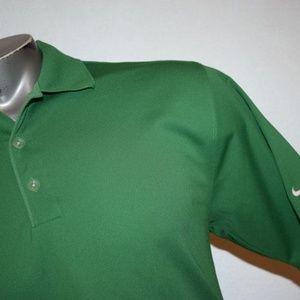 6440 Mens Nike Golf Shirt Size Medium Green Fit